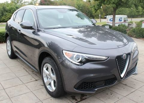 Pre-Owned 2018 Alfa Romeo Stelvio Base